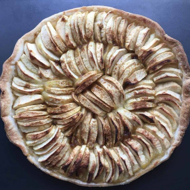 A French apple pie