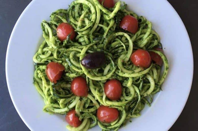 Spaghettis de courgette au pesto de persil